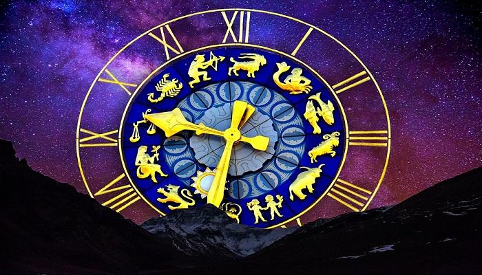 ¿Qué relación hay entre el horóscopo y el tarot?
